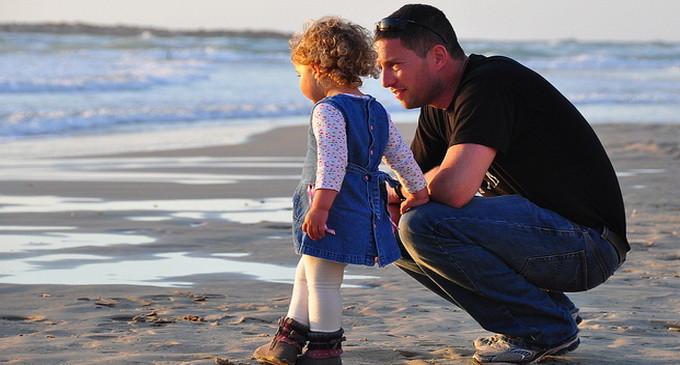 Mame, ajutati-va copiii sa-si iubeasca tatii!